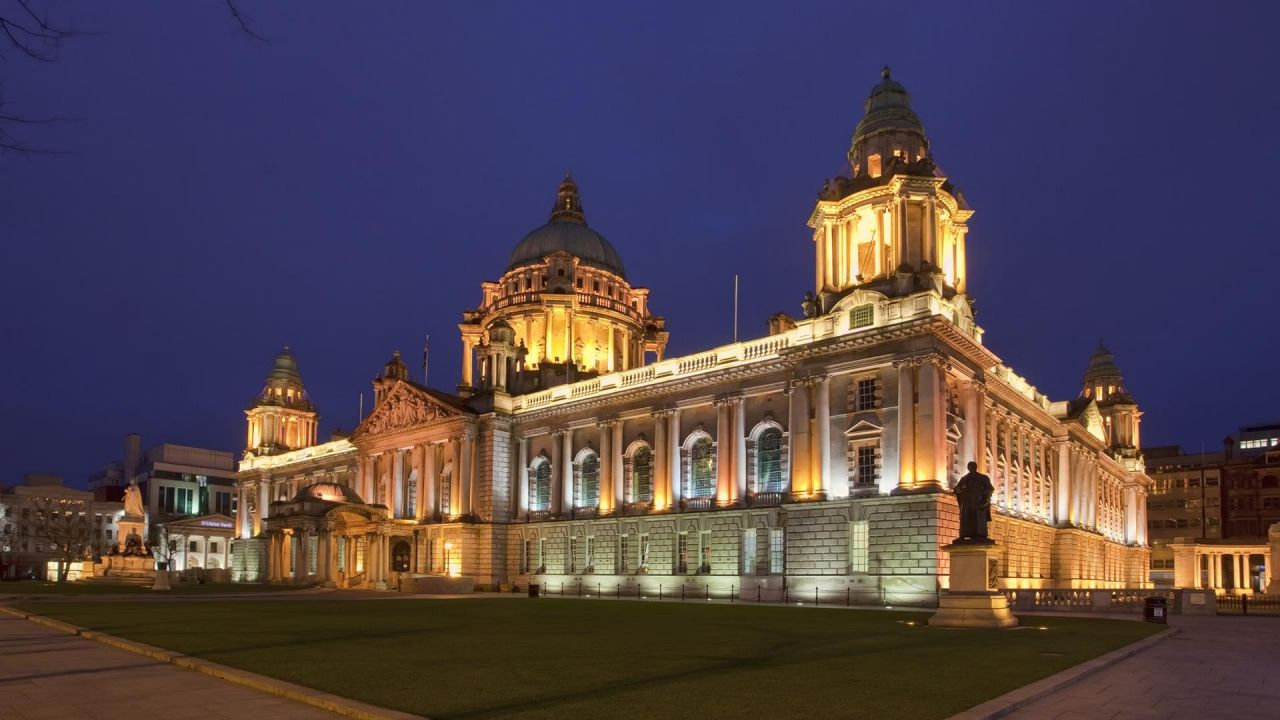 Belfast City Hall uplighting